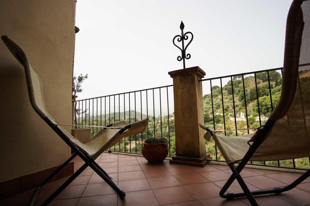 Балкон в Савоке B&B il Padrino