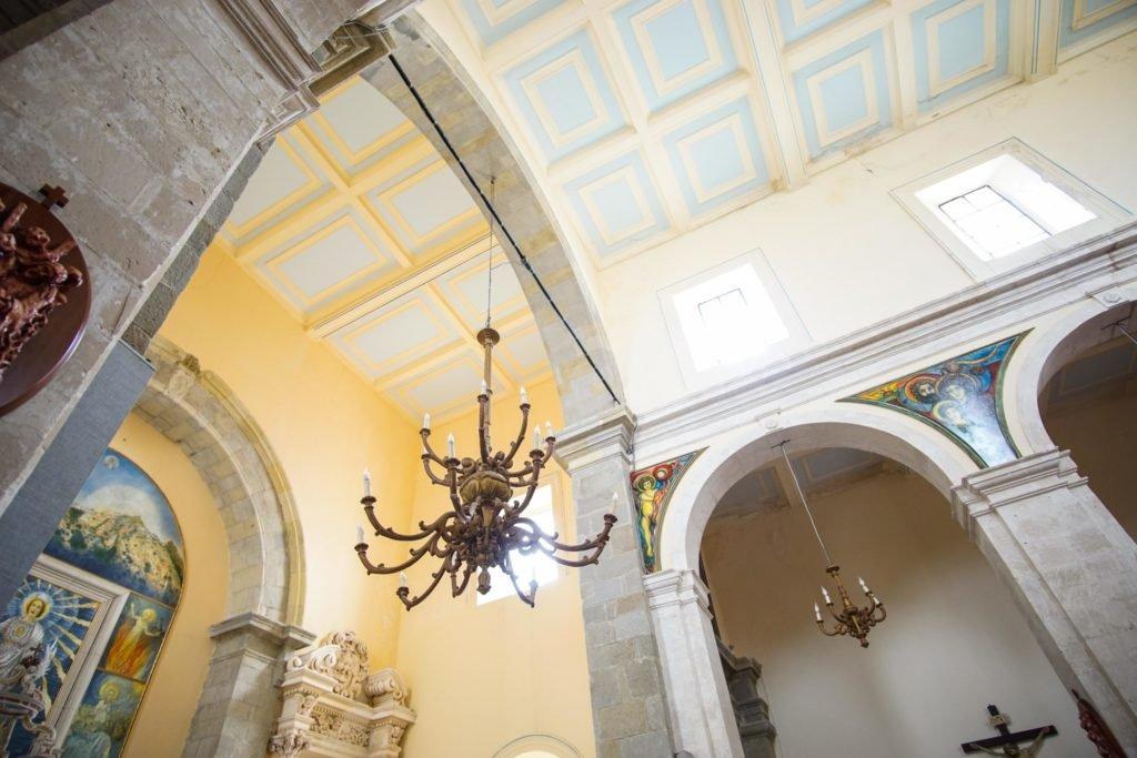 Интерьер церкви Савока