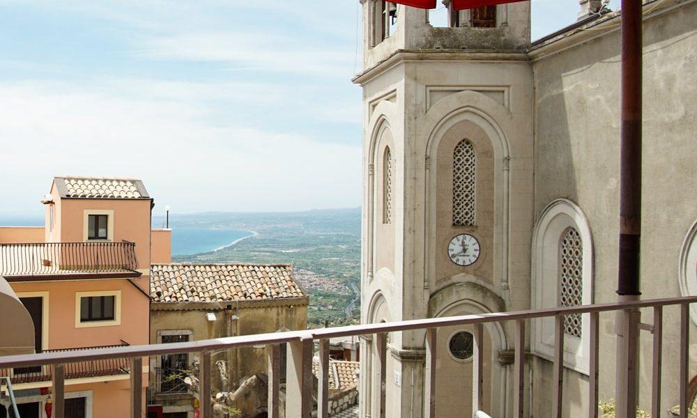 Кастельмола Сицилия
