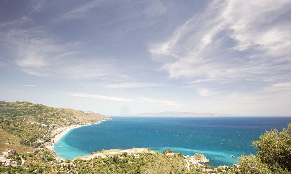 Море и материковая Италия
