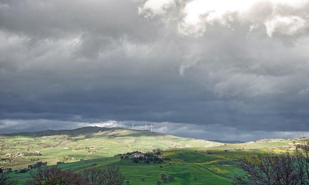 Пейзаж с ветряками СИцилия