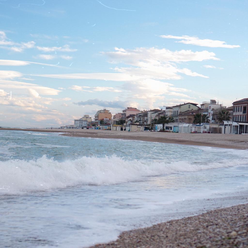 Пляж в Порто Реканати